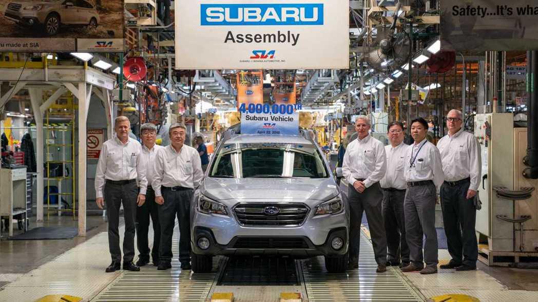 Subaru慶祝在美國達成生產400萬輛汽車里程碑。 圖/Subaru提供