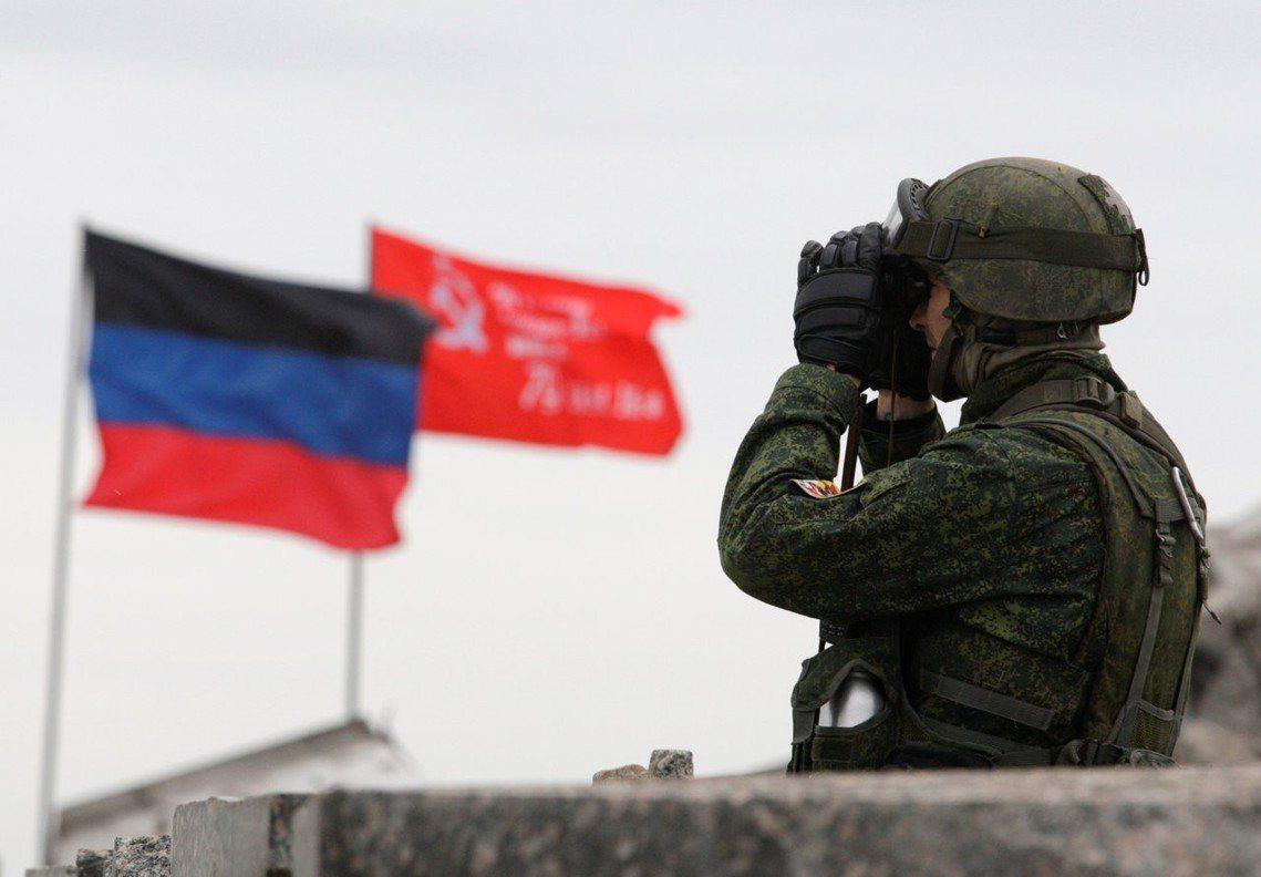 烏克蘭總統大選才結束3天,24日俄羅斯總統普丁突然宣布:即日起,俄國將以「人道援...