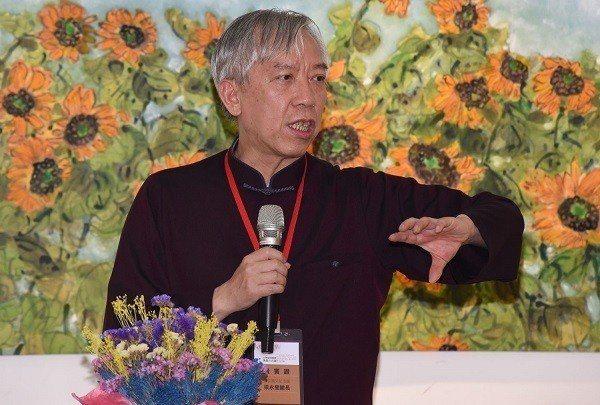 國父紀念館館長梁永斐推崇黃歌川大師對台灣美術發展的貢獻。 國父紀念館/提供