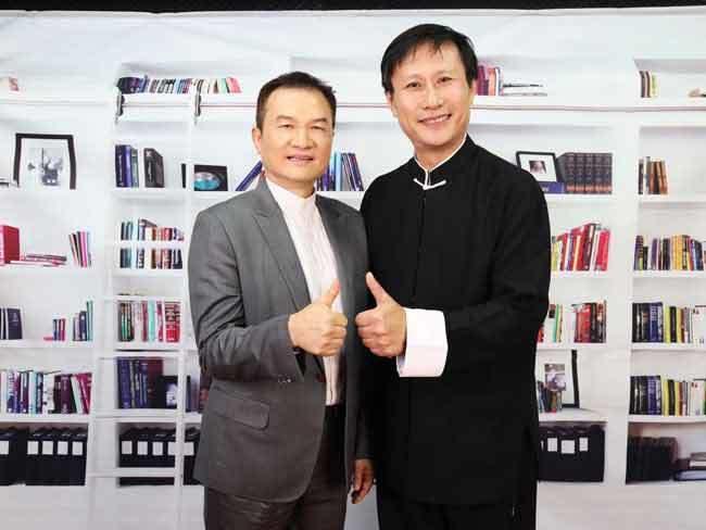 理財周刊發行人洪寶山(左)、太極拳教練李章智(右)