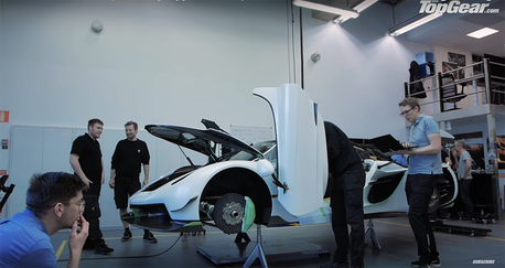 影/極速將突破480km/h的Koenigsegg Jesko 超跑製造過程揭露
