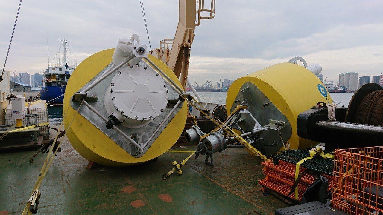 中央氣象局海象測報中心去年底首度在台灣東南及西南外海布放兩個海嘯浮標。圖/海象測...