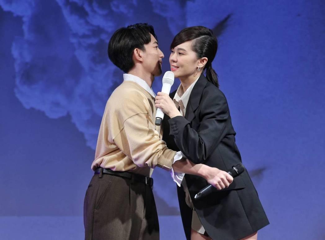 林宥嘉為郁可唯發片記者會站台。記者鄭清元/攝影