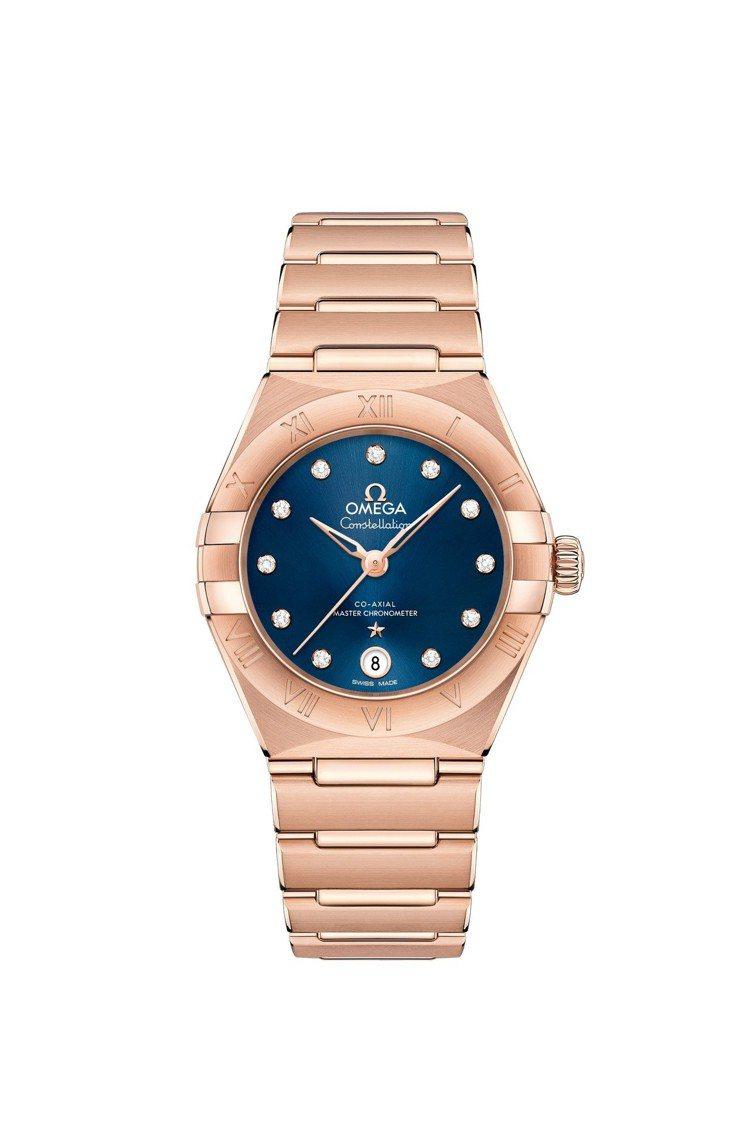 歐米茄星座系列曼哈頓腕表,表殼為18K sedna™金,表徑29毫米,搭載同軸擒...