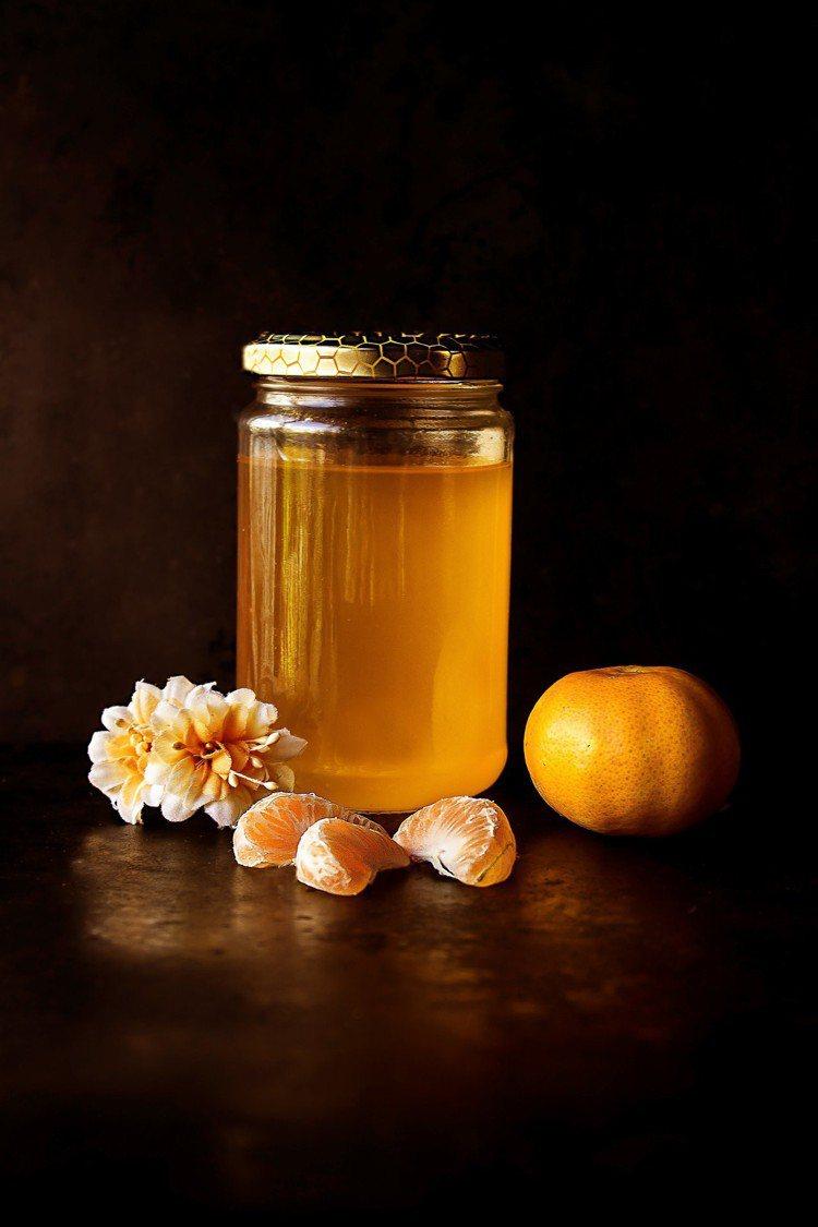 別亂用蜂蜜洗臉。圖/摘自Pelexs
