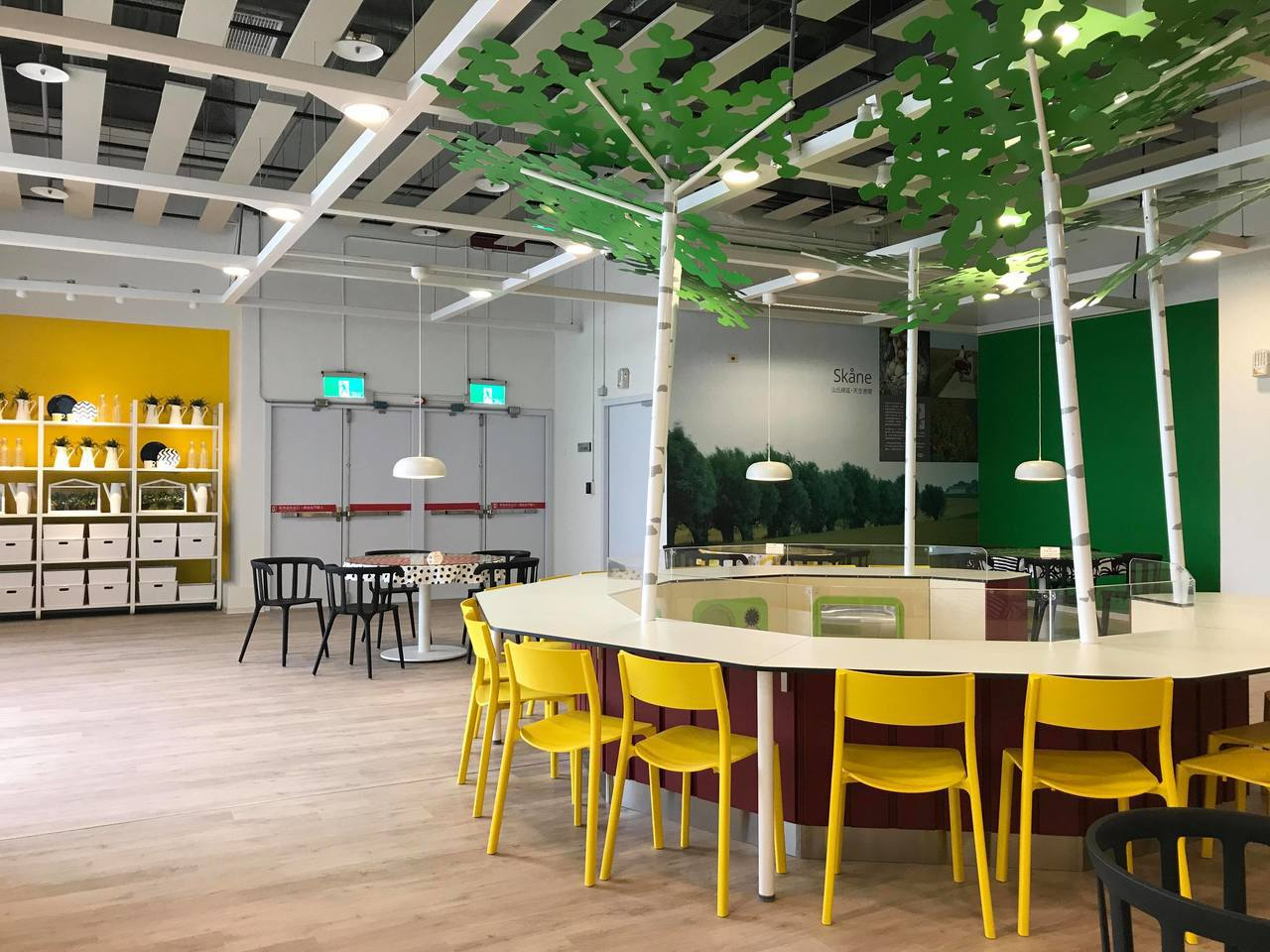 IKEA新店店的瑞典餐廳相當寬敞。記者陳立儀/攝影