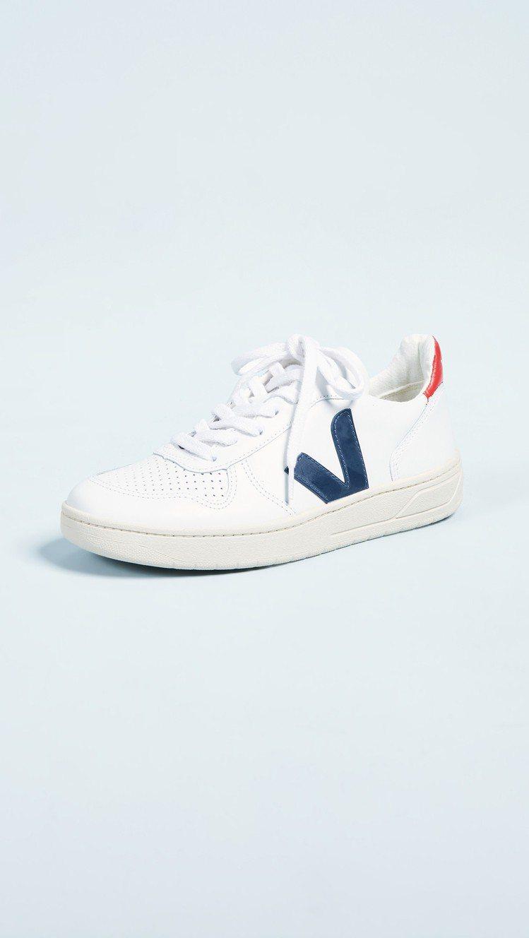 Veja V-10運動鞋,售價150美元、約合台幣4,645元。圖/SHOPBO...