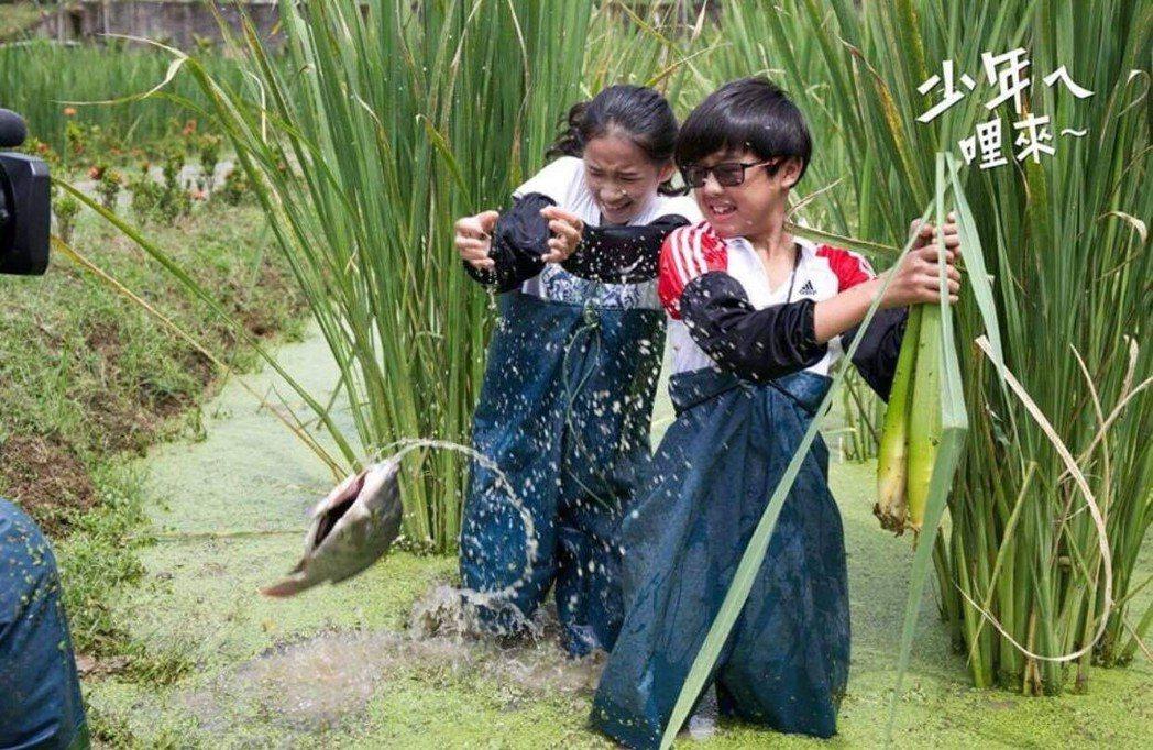 51屆和53屆金鐘得主盧以恩及陳鼎中都是許傑輝的學生。圖/許傑輝提供