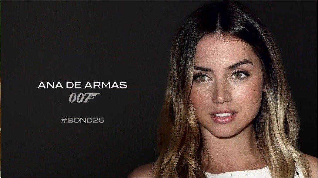 古巴美女安娜德哈瑪斯將是第25集007電影的女主角之一。圖/翻攝自YouTube