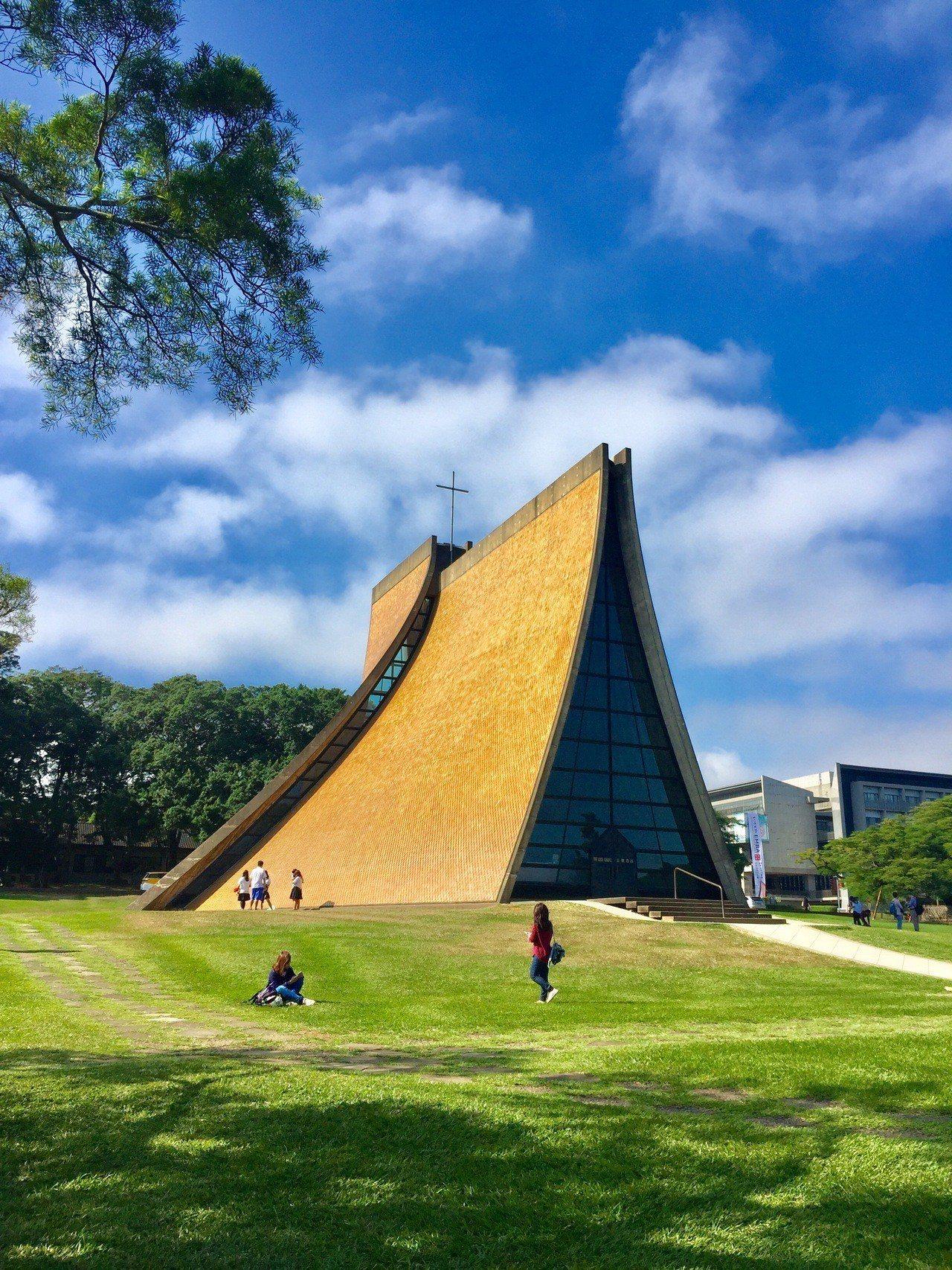 路思義教堂榮登20世紀全球十大優美建築。圖╱文化部提供