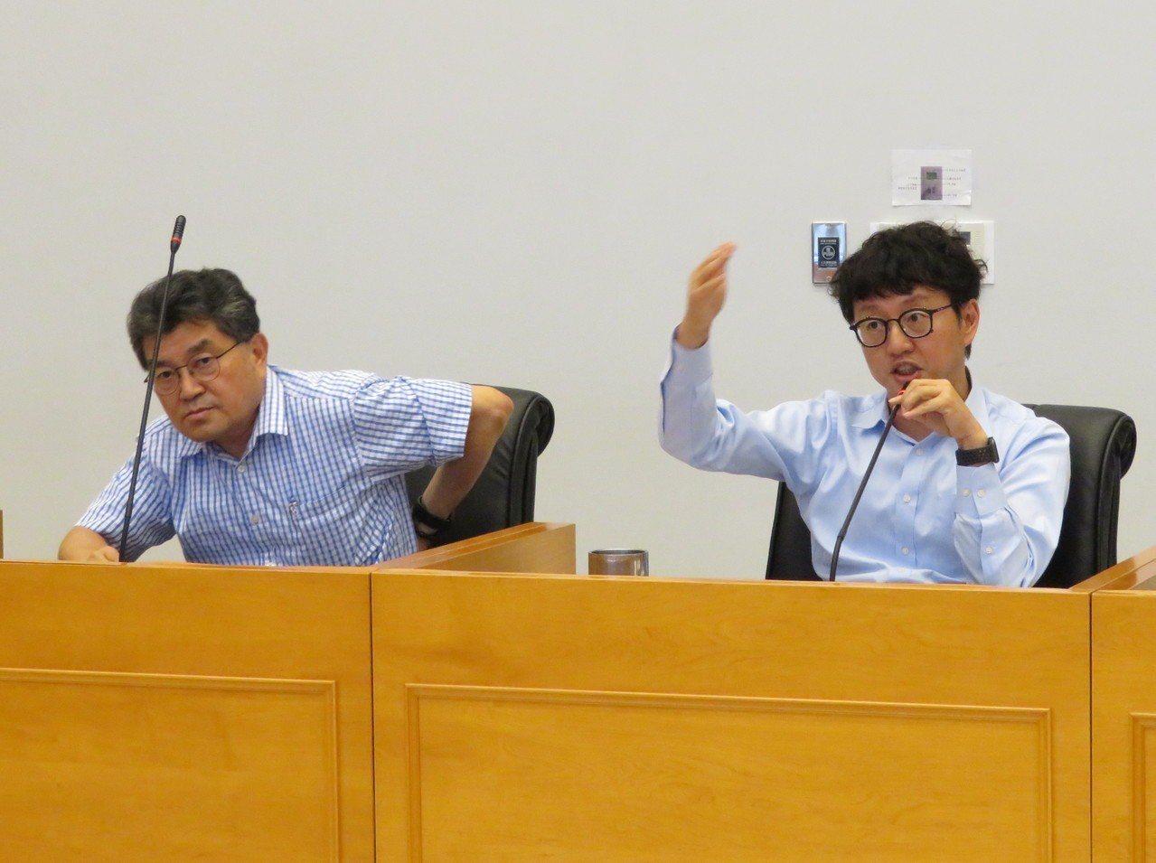 台中市「托育一條龍」幼兒學前補助預算只編到7月底,議會教育文化委員會昨該筆追加預...