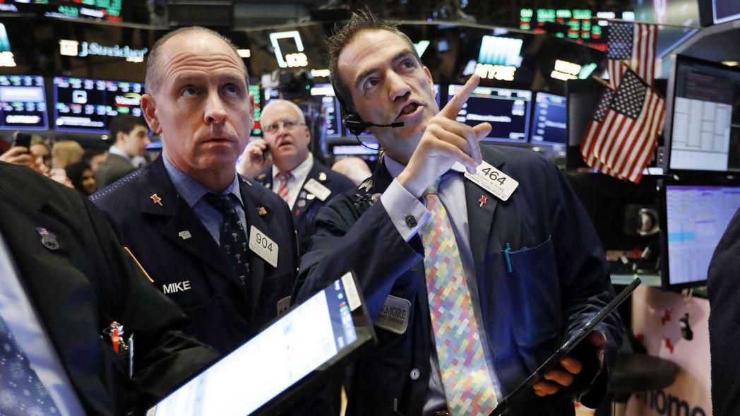 分析師認為,美企第2季財測持續下調,值得警覺。 美聯社