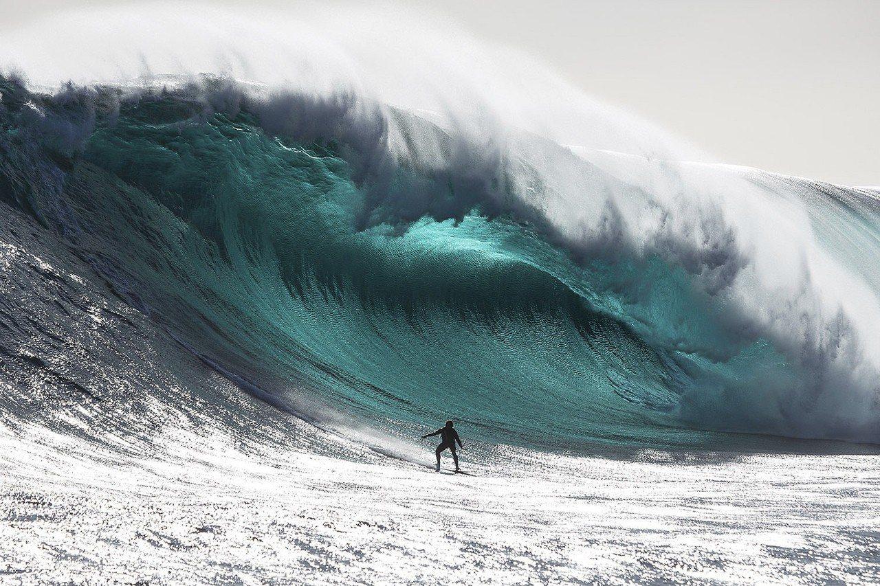 全球海洋過去30年風浪逐漸變大,以南極海平均海浪高度與風速增加最多。路透
