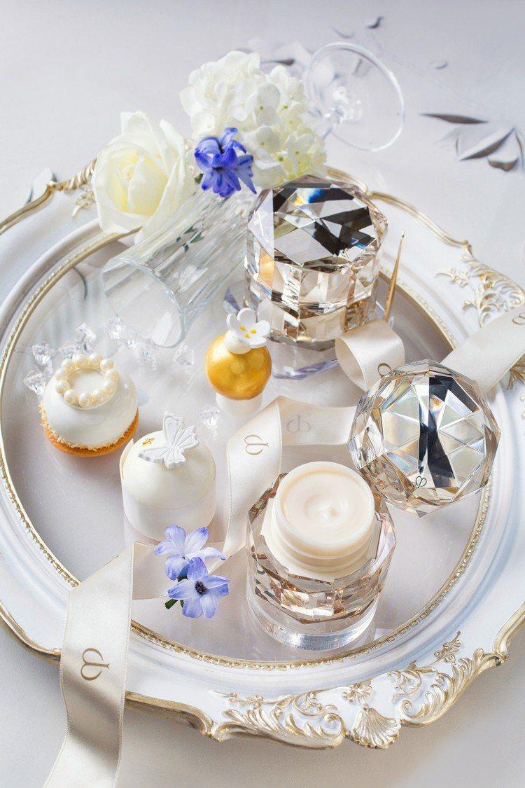 青隅X肌膚之鑰的「精質極光傳奇下午茶饗宴」。圖/台北文華東方酒店提供