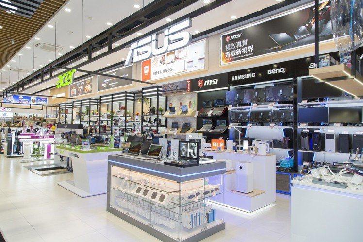 雖然店面坪數較小,但資通訊產品品牌數還是相當豐富完整。圖/全國電子提供