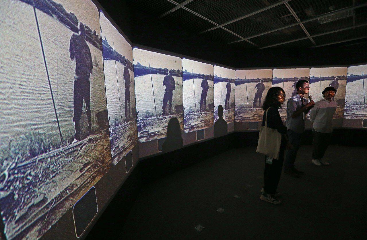 「台灣是好所在」,由多格動態泛黃影像與街景建物的動態畫作,彷彿重返台灣舊時光。記...