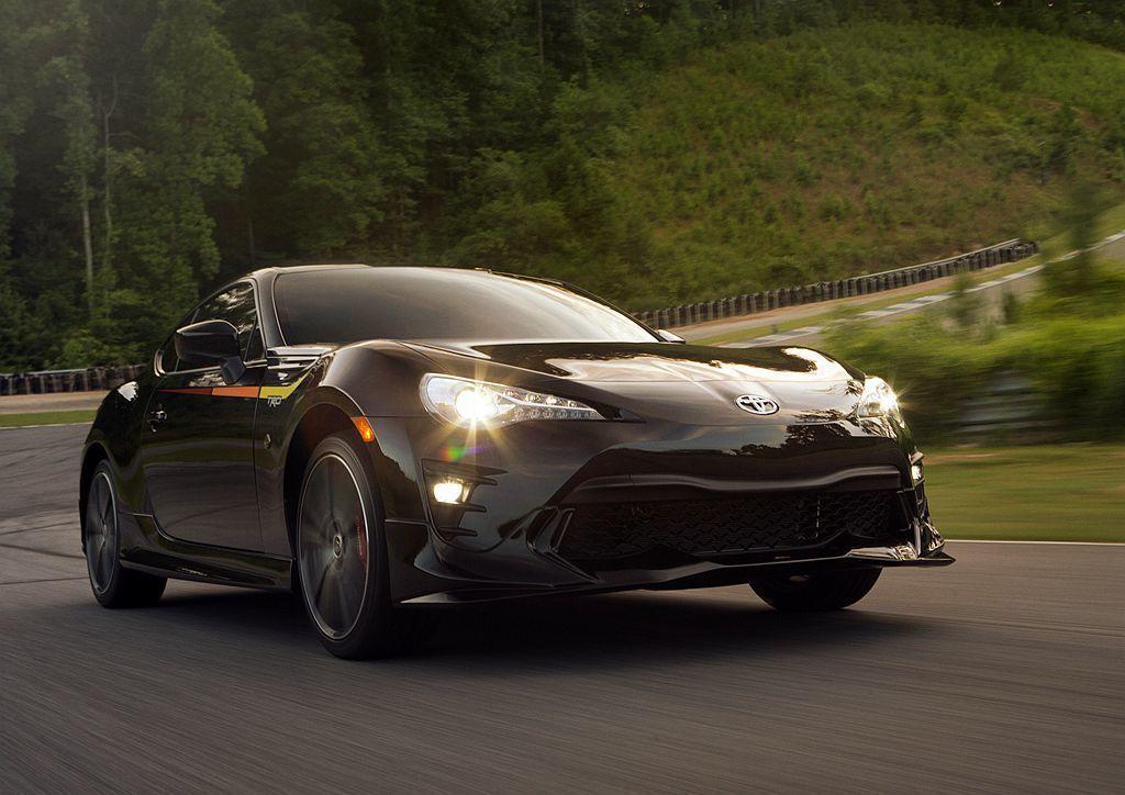 美規新Toyota Supra的油耗數據表現,竟直逼自家86跑車搭載的四缸自然進...