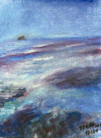 圖畫就稱作「島與海」。陰暗的天空反映那天的天氣以及我個人的心情。 繪圖╱張天鈞