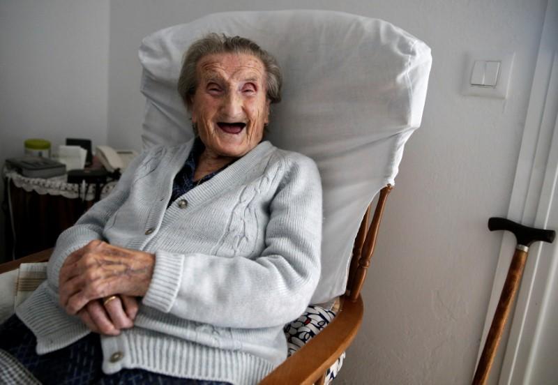 西班牙預期將在2040年超越日本,成為全球最長壽國家。路透