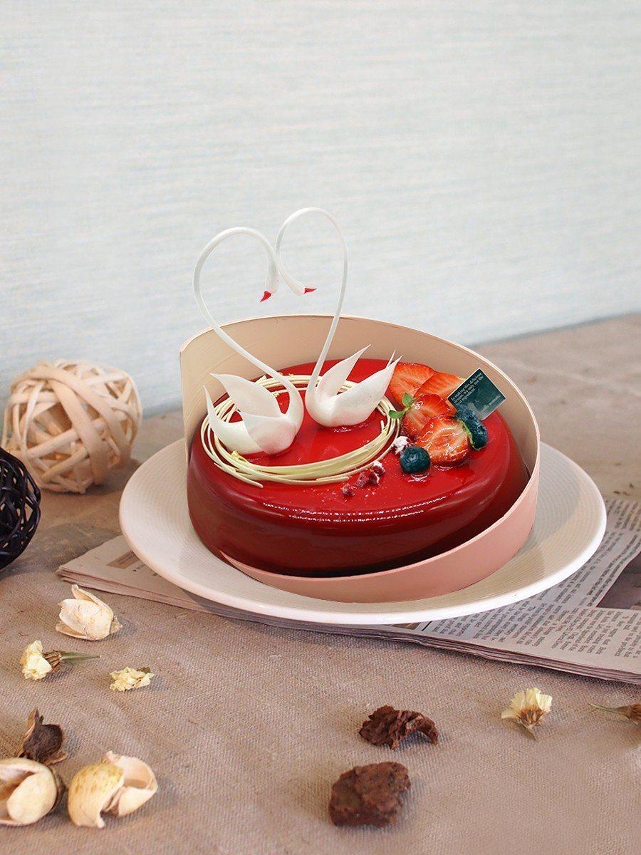 竹湖暐順麗緻文旅推出限定蛋糕。圖/竹湖暐順麗緻文旅提供