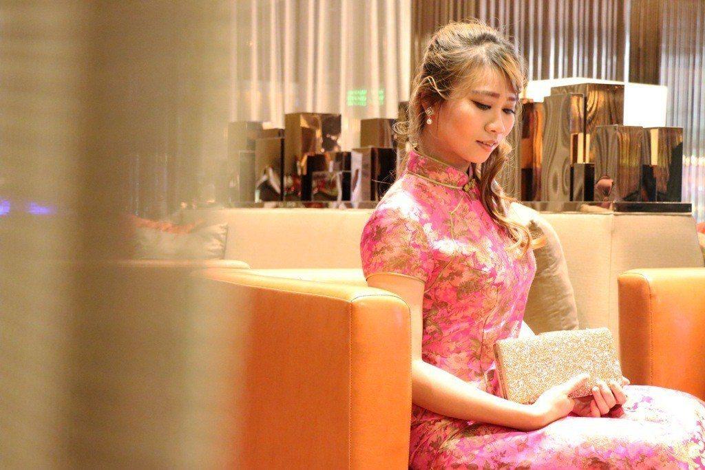 新竹豐邑喜來登大飯店推出限定的「俏媽咪沙龍」體驗,提供媽咪體驗專業髮妝服務與旗袍...