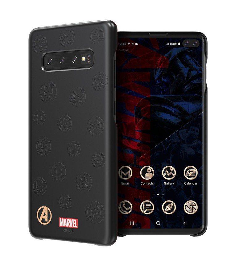 智能背蓋裝到手機後會自動啟動Galaxy Friends程式,使用者即可獲得每個...