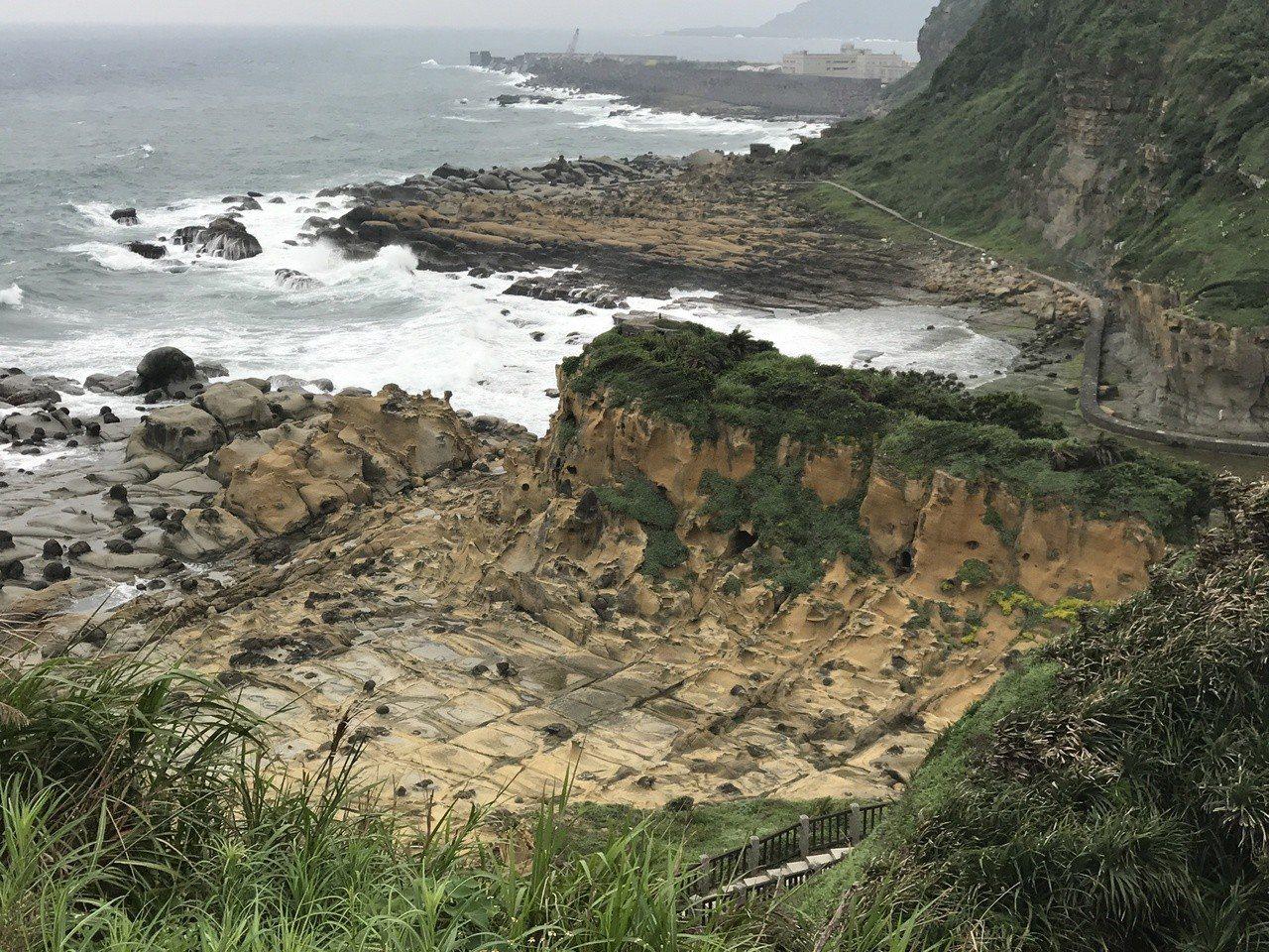 和平島曾有東南亞最大的歐洲城堡,台灣第一場國際戰爭也在這裡登場,和平島的歷史及地...