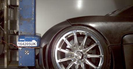 影/昂貴超跑是如何做撞擊測試的呢?Koenigsegg為你解答!