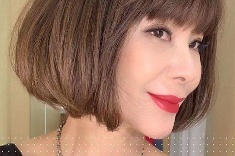 有「台灣最美麗的歐巴桑」的美魔女陳美鳳素來高EQ,親民的她常跟網友互動,不過今(29)日凌晨她突然在臉書發文寫道:「鳯鳳平日很少生氣 不生氣不表示我沒脾氣 人人好不代表我脾氣好」,讓人好奇是誰惹怒了...