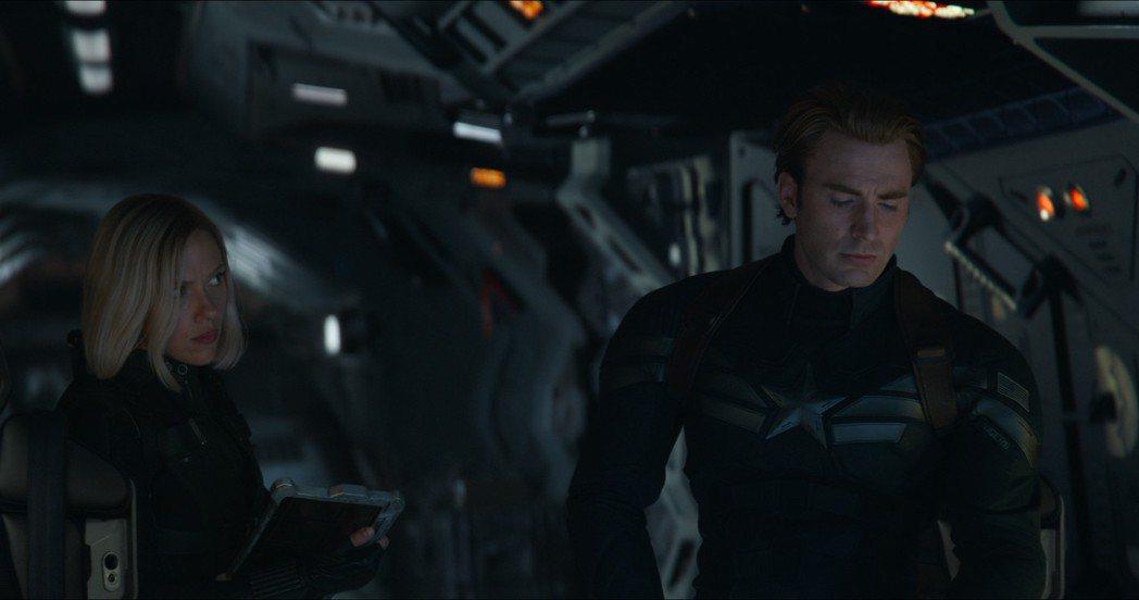 「美國隊長」克里斯伊凡與「黑寡婦」思嘉莉約翰森在「復仇者4」中有不少對手戲。圖/...