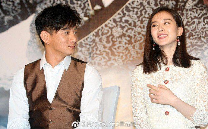 吳奇隆、劉詩詩婚後感情甜蜜。圖/摘自微博
