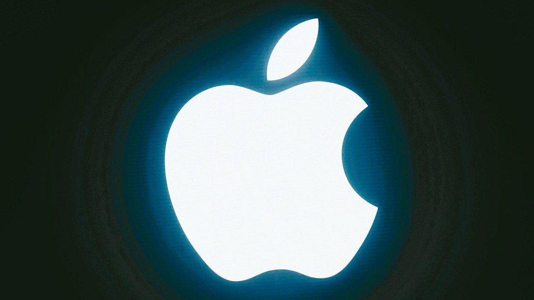 蘋果即將公布本季財報,市場預期難有成長,使今日蘋概股表現不佳。 路透
