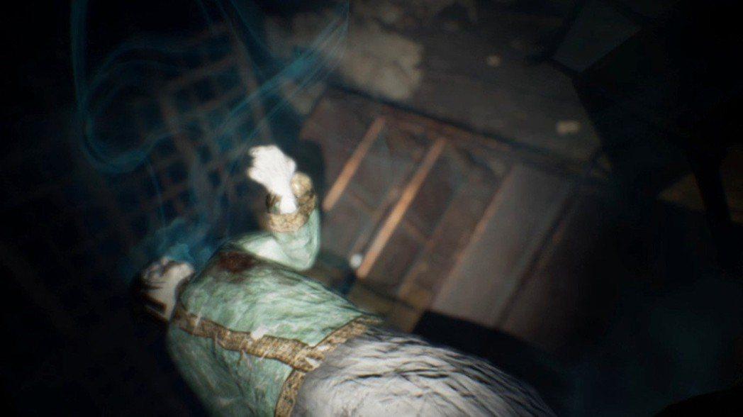 基本上遊戲主角是會掛掉的,而且次數跟《隻狼》可能有得比,一旦死掉就會從儲存的進度...