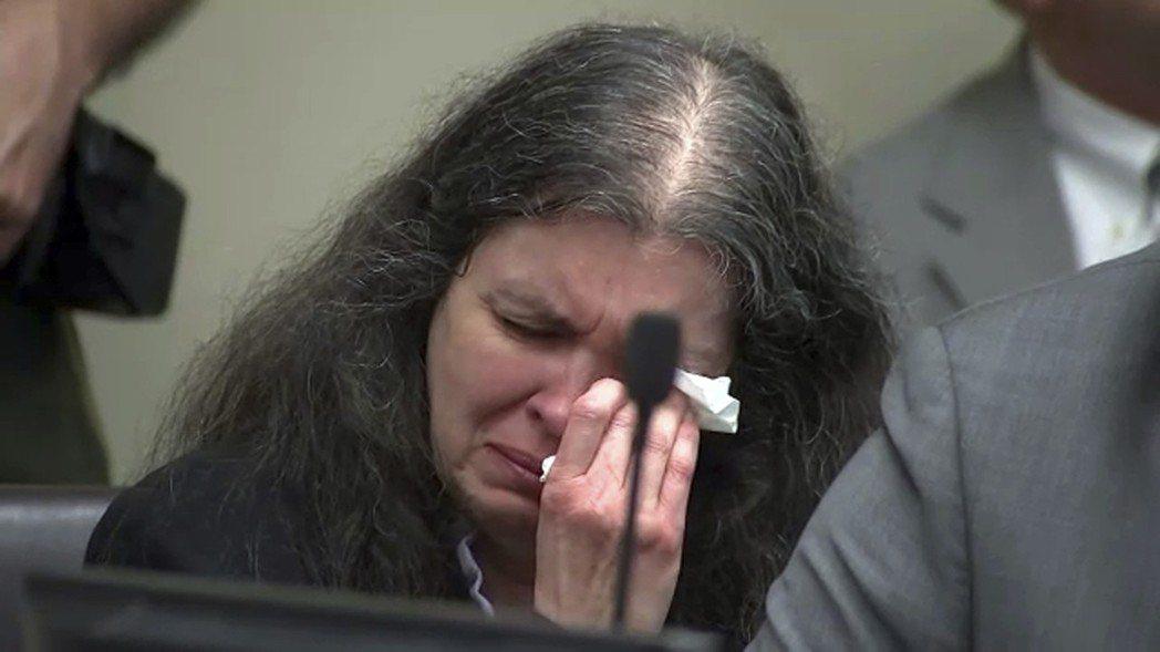 特平案中的路易絲.特平 (Louise Turpin),在兒時就被祖父長期性侵,...