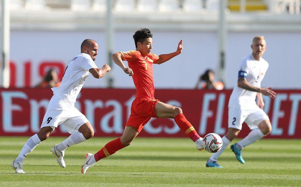 「每一步都像新的一步。」武磊已經大大超越過往許多中國足壇前輩在五大聯賽上的地位與...