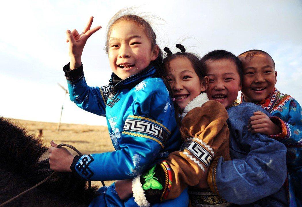 如果不同年紀的孩子混成一個班,那他們怎麼上課呢?示意圖。 圖/中新社