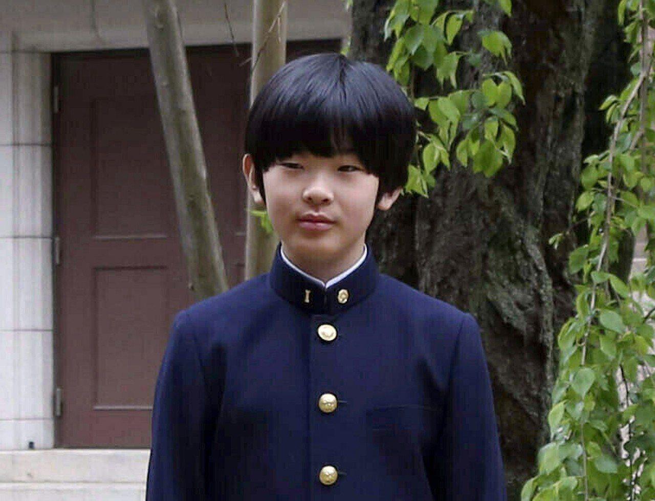 現年12歲的悠仁是日本天皇第二順位繼承人。美聯社