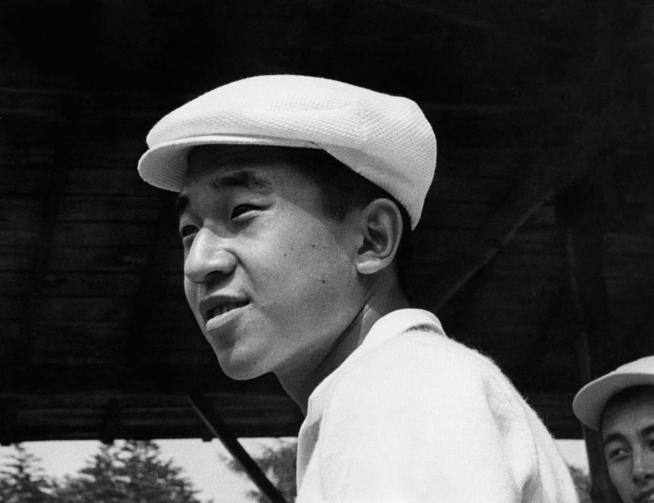 日本天皇明仁30日退位,圖為他還是皇太子時的檔案照,日期不詳。法新社