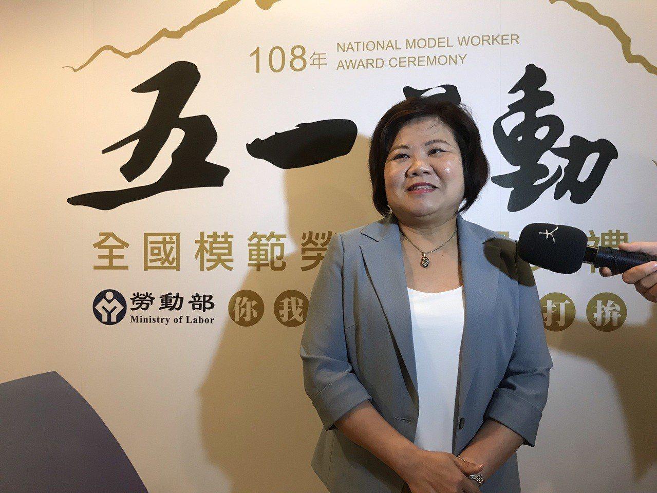 勞動部長許銘春今下午出席全國模範勞工表揚典禮。記者葉冠妤/攝影