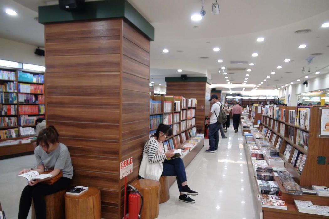 「會消失的書店」是個誠實的說法