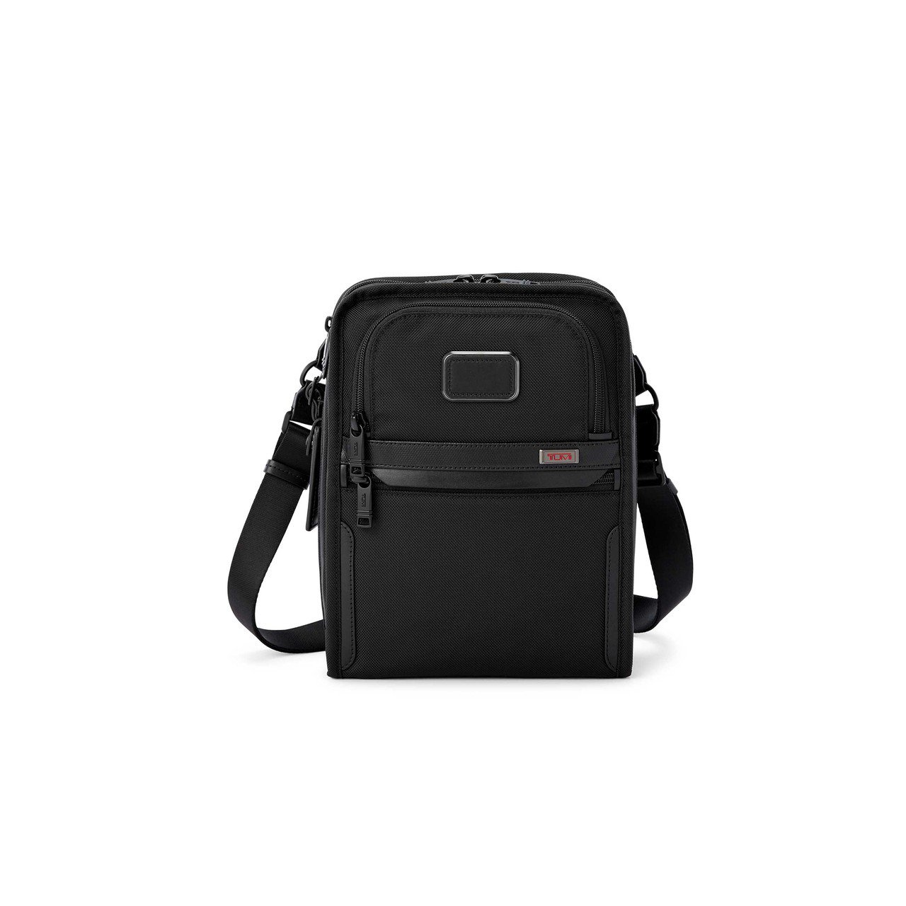 TUMI Alpha 3 黑色托特包11,200元。圖/TUMI提供