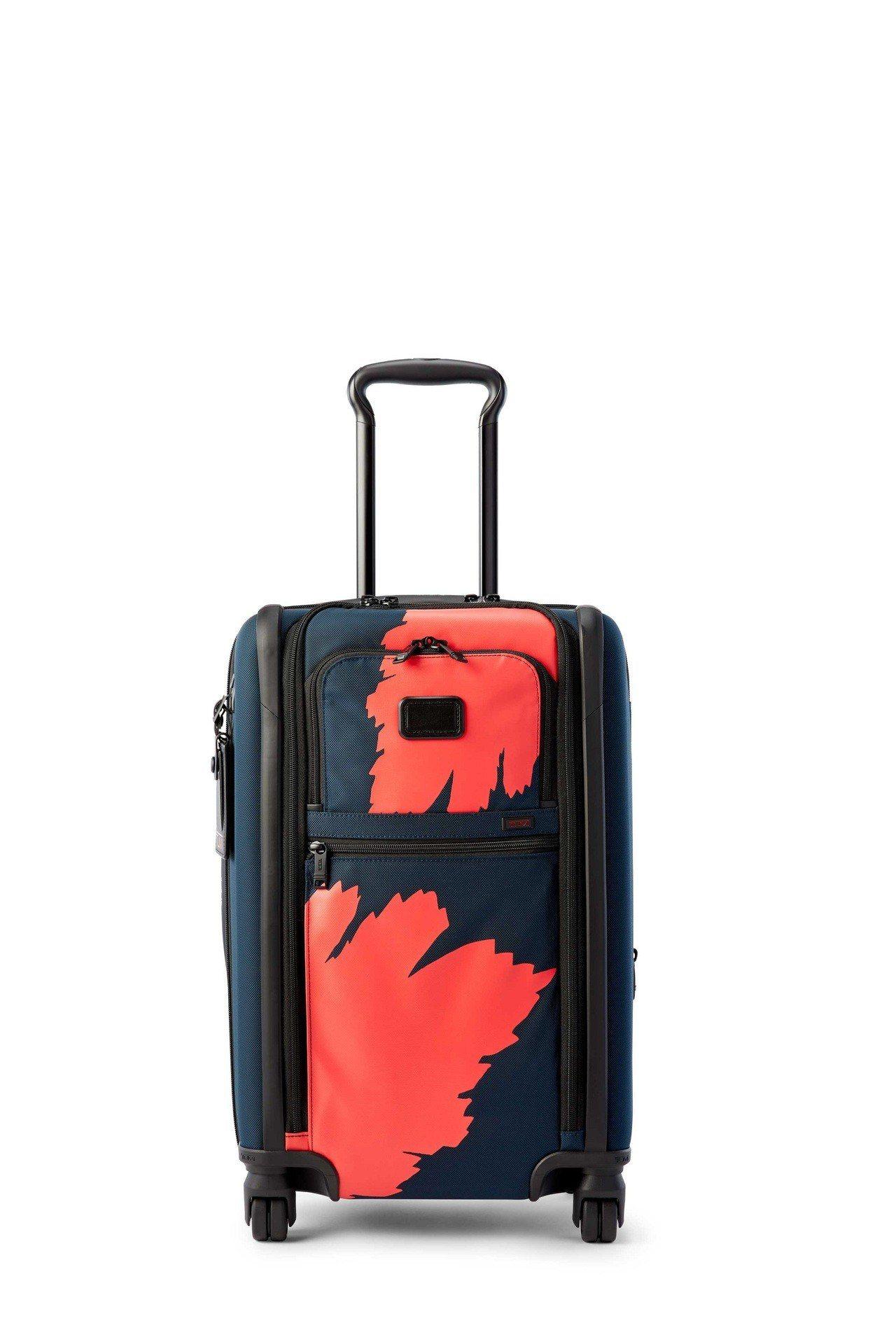 TUMI Alpha 3 剛果印花20吋旅行箱,約30,800元。圖/TUMI提...