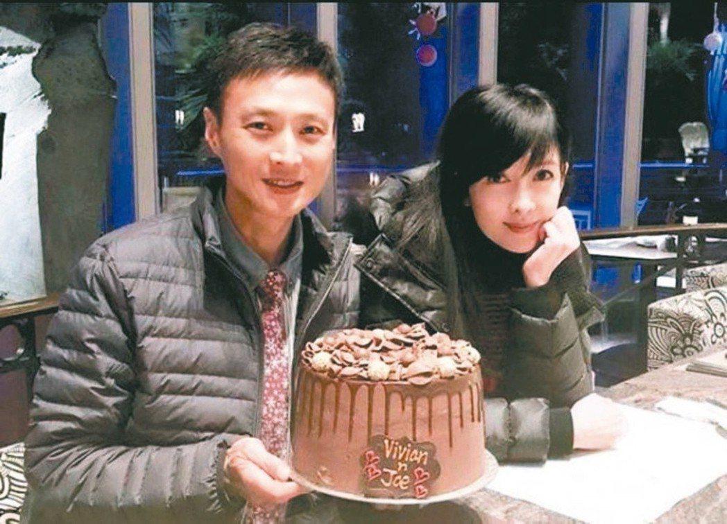 周慧敏(右)與老公倪震愛情將邁入30年。圖/摘自IG