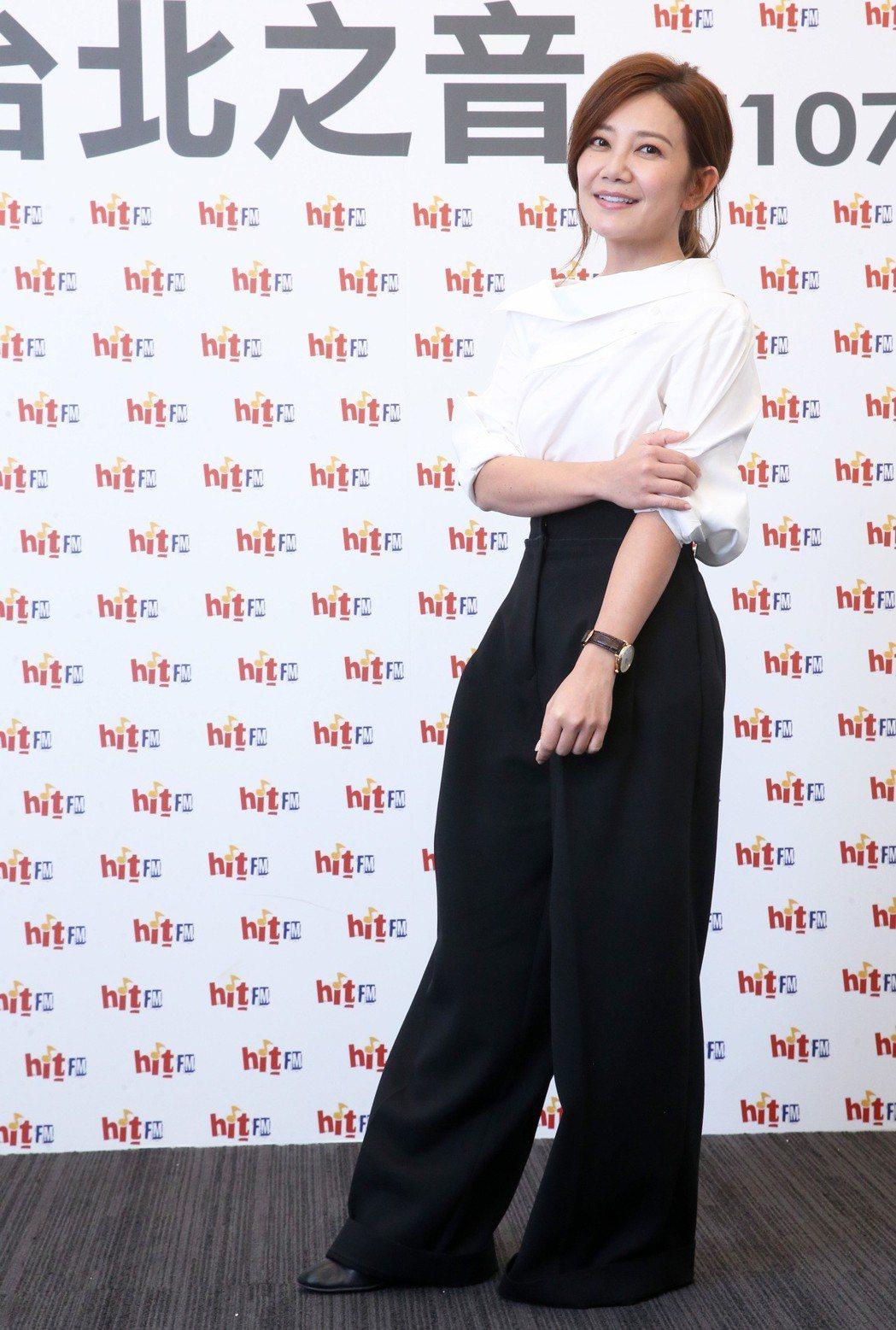 歌手梁靜茹出席Hit Fm聯播網,擔任hito五月大台柱。記者胡經周/攝影