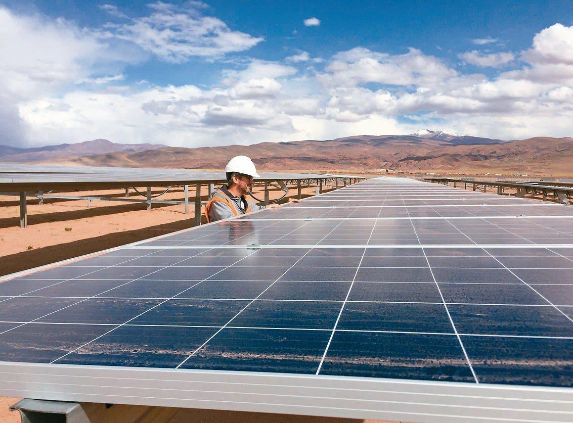 高盛集團分析師預估全球太陽能安裝量將成長15%。 路透