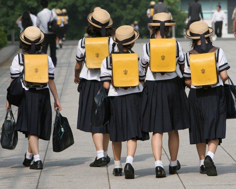 日本於2006年邁入「超高齡社會」,為世界三個超高齡社會國家之一。 圖/路透社