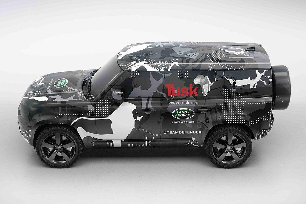特殊偽裝迷彩的全新世代 Defender原型車,將進駐肯亞境內波拉納自然保育(B...