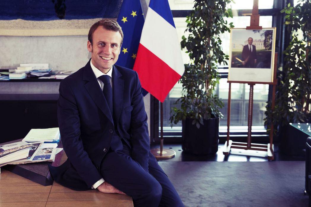 被諷刺為「富人總統」的馬克宏,正打算廢除法國的菁英文官學院——「ENA」——撕掉...
