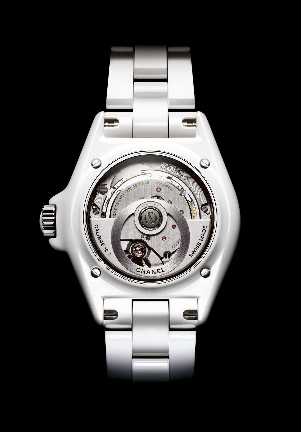 J12腕表,38毫米白色抗磨精密陶瓷搭配精鋼表殼、 Caliber 12.1自...