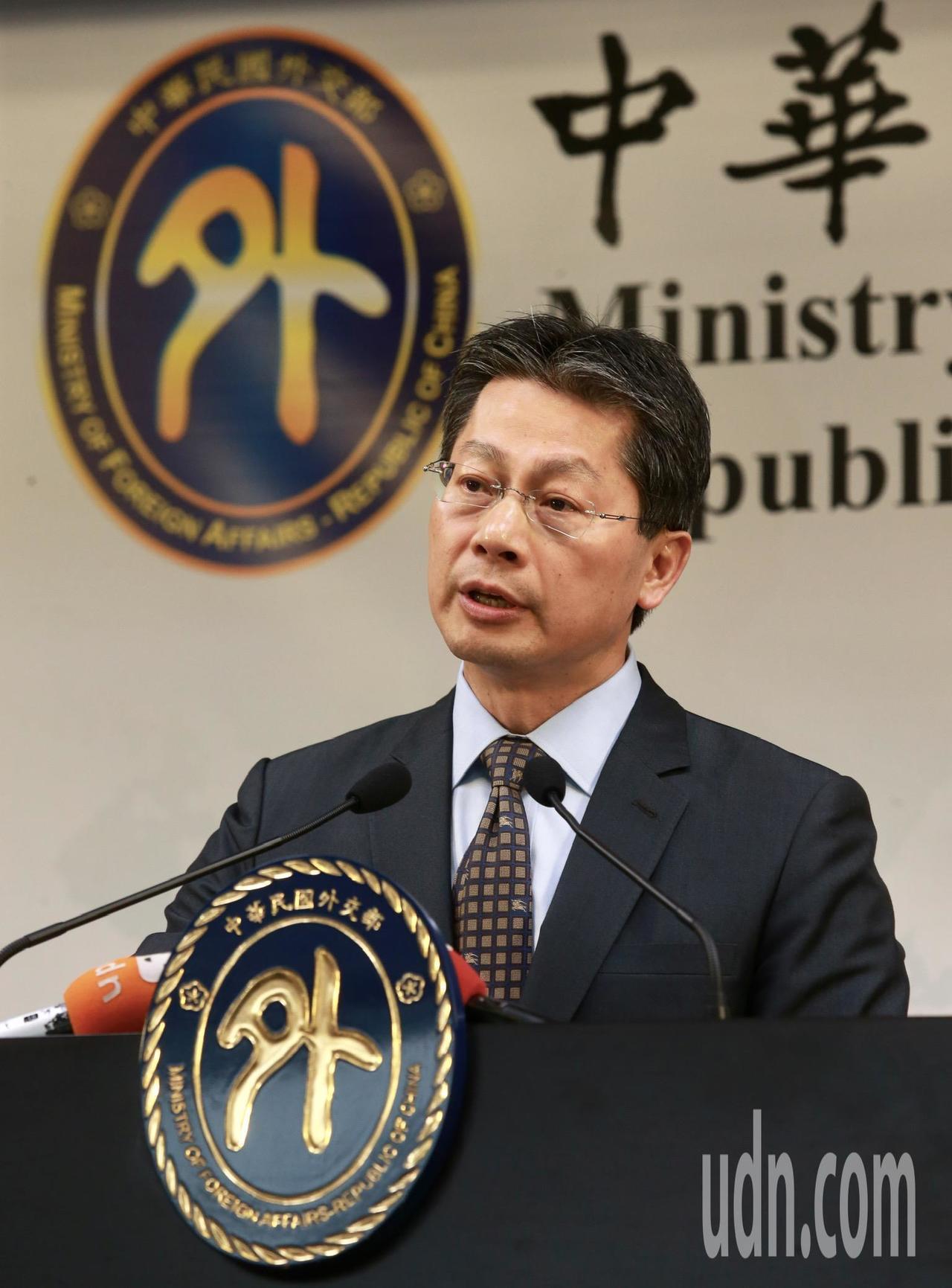 外交部發言人李憲章表示,台索關係穩健,雙邊合作計畫都順利執行,會持續深化台索邦誼...